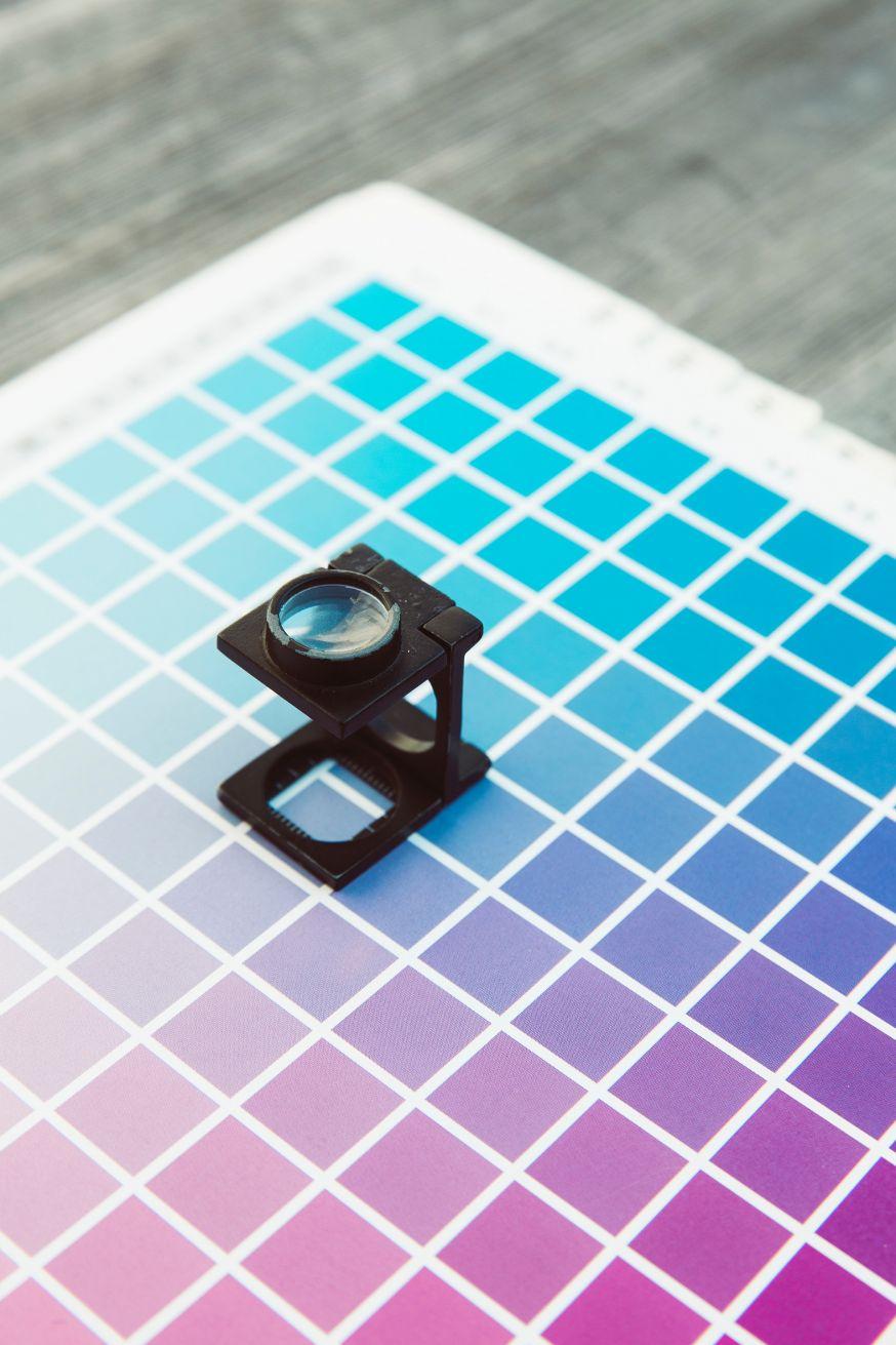 Fabrikant van kleurenprinters OKI werkt met ISO-goedgekeurde methoden om de opbrengst per tonercartrdige te bepalen